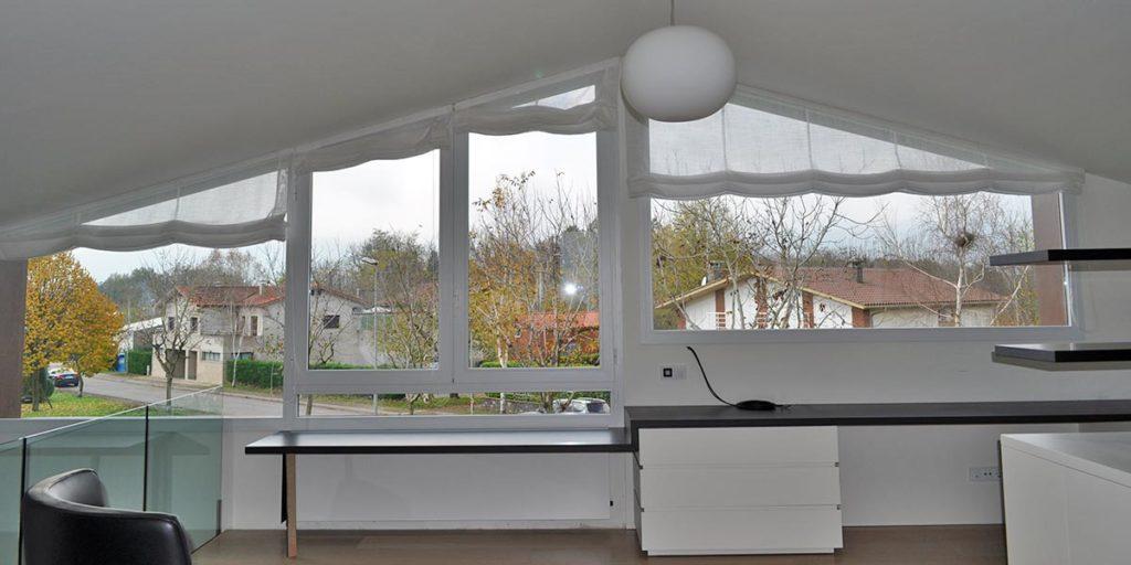 Tancaments de finestrals interiors d'alumini