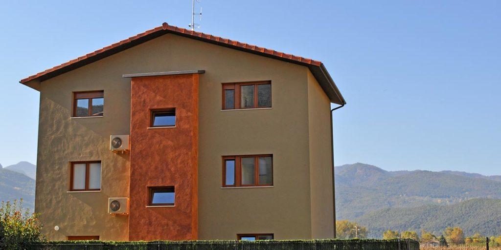 Carpinteria de PVC en ventanas y puertas